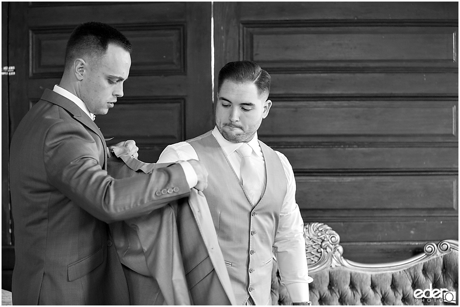 Groom Prep at Green Gables Wedding Estate