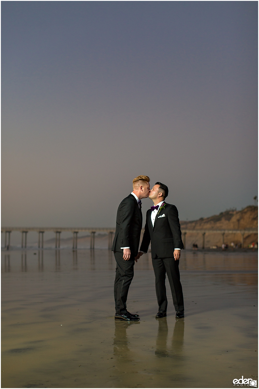 Scripps Seaside Forum sunset wedding photos.