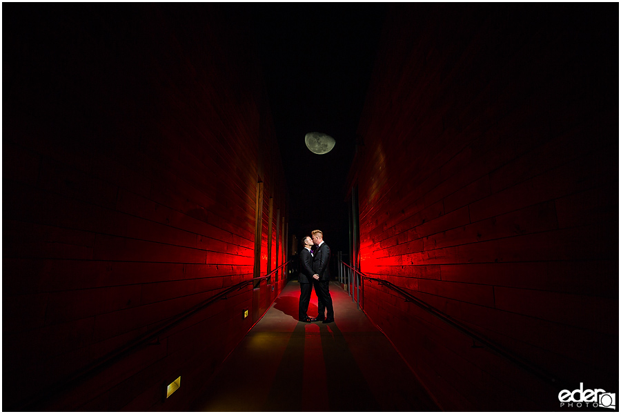 Creative night time wedding photography.