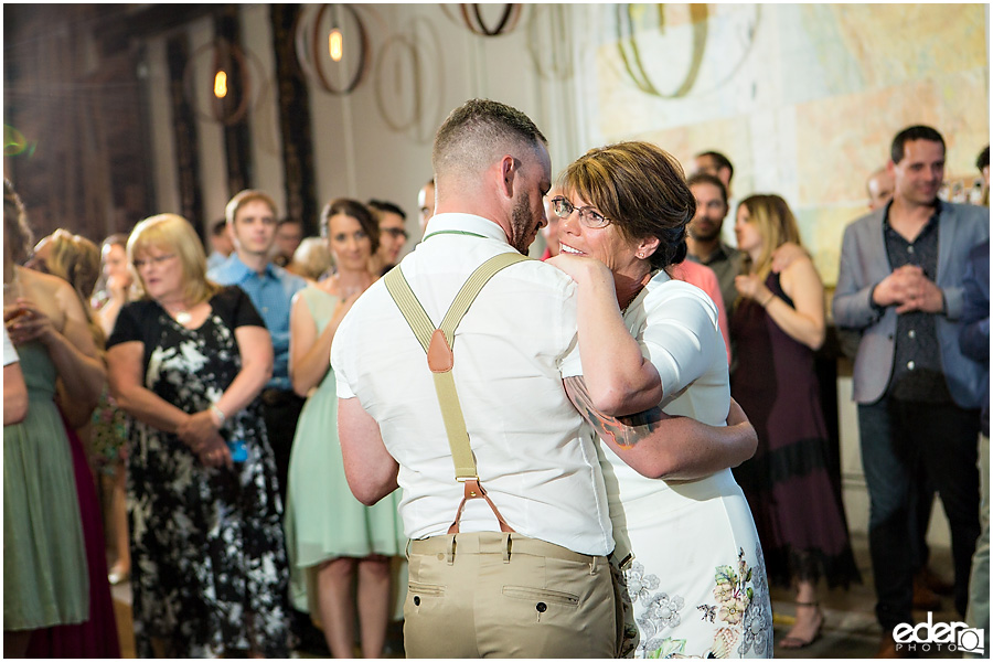 Parent dances at 32 North wedding reception