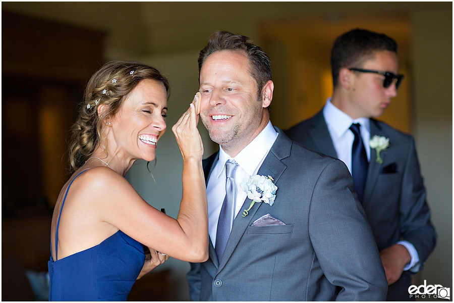 Rancho Bernardo Wedding Prep Photos - groom getting ready