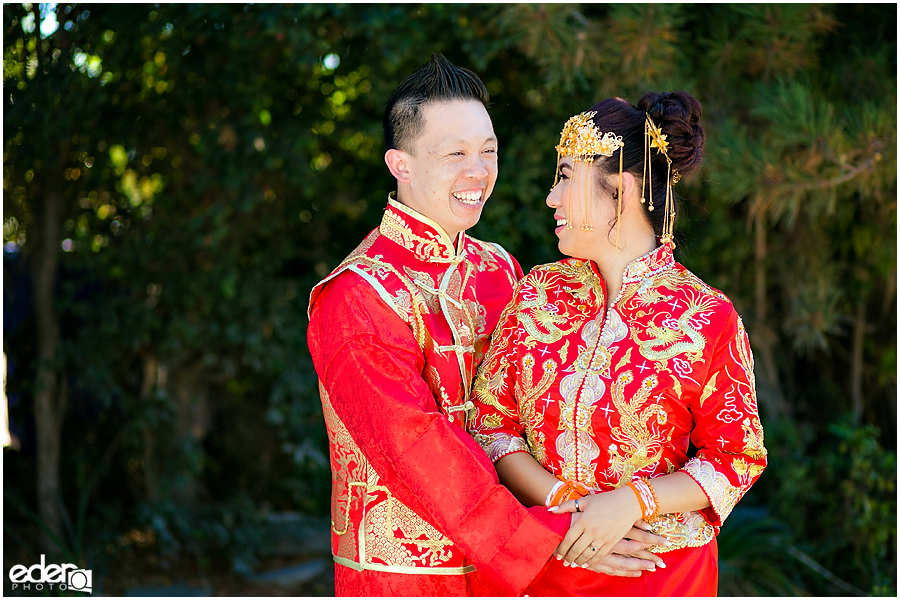 Traditional Chinese Wedding outfits