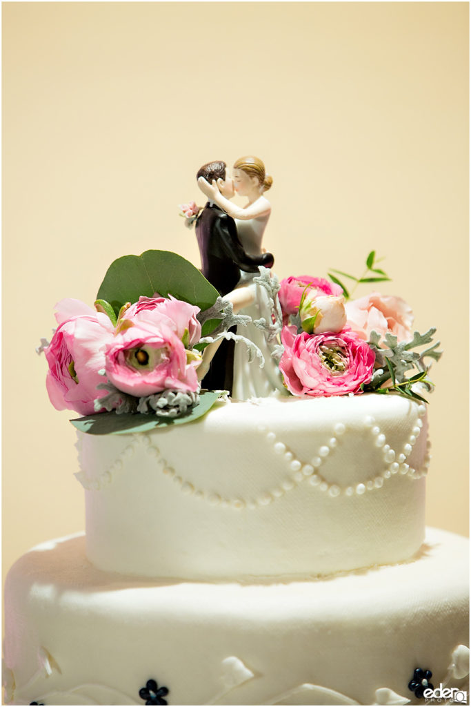 Kona Kai Wedding details cake photo.