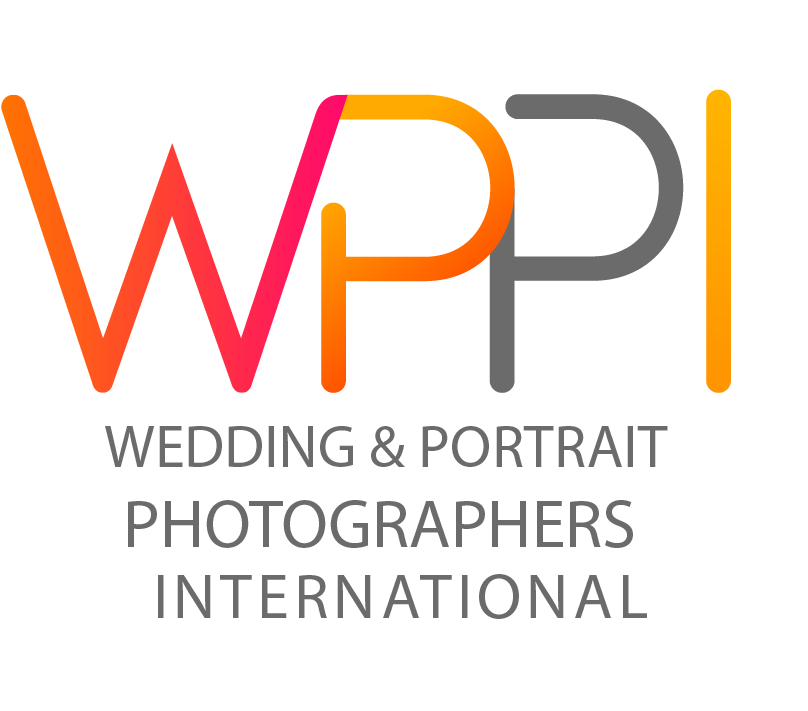 Wedding & Portrait Photographer International Member
