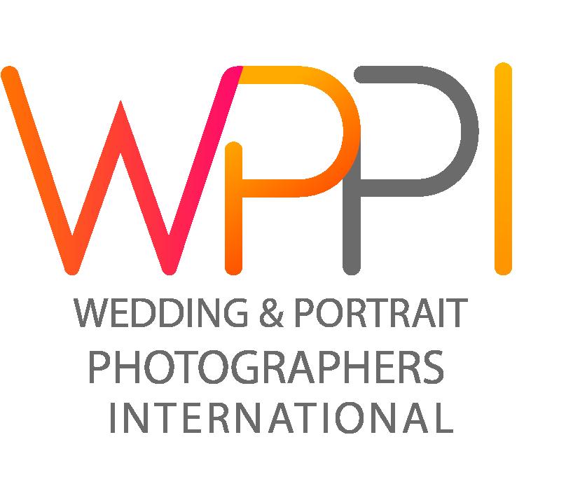 Wedding & Portrait Photographer International Member