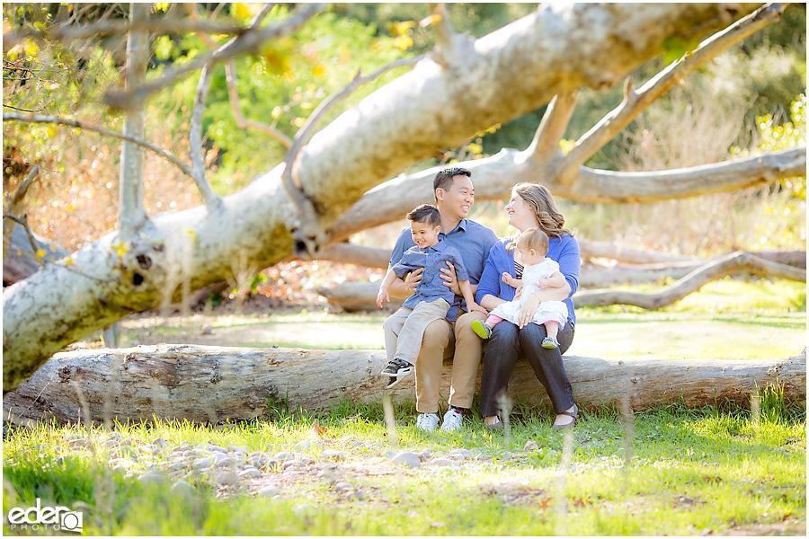 Spring Mini Portrait Session - family sitting