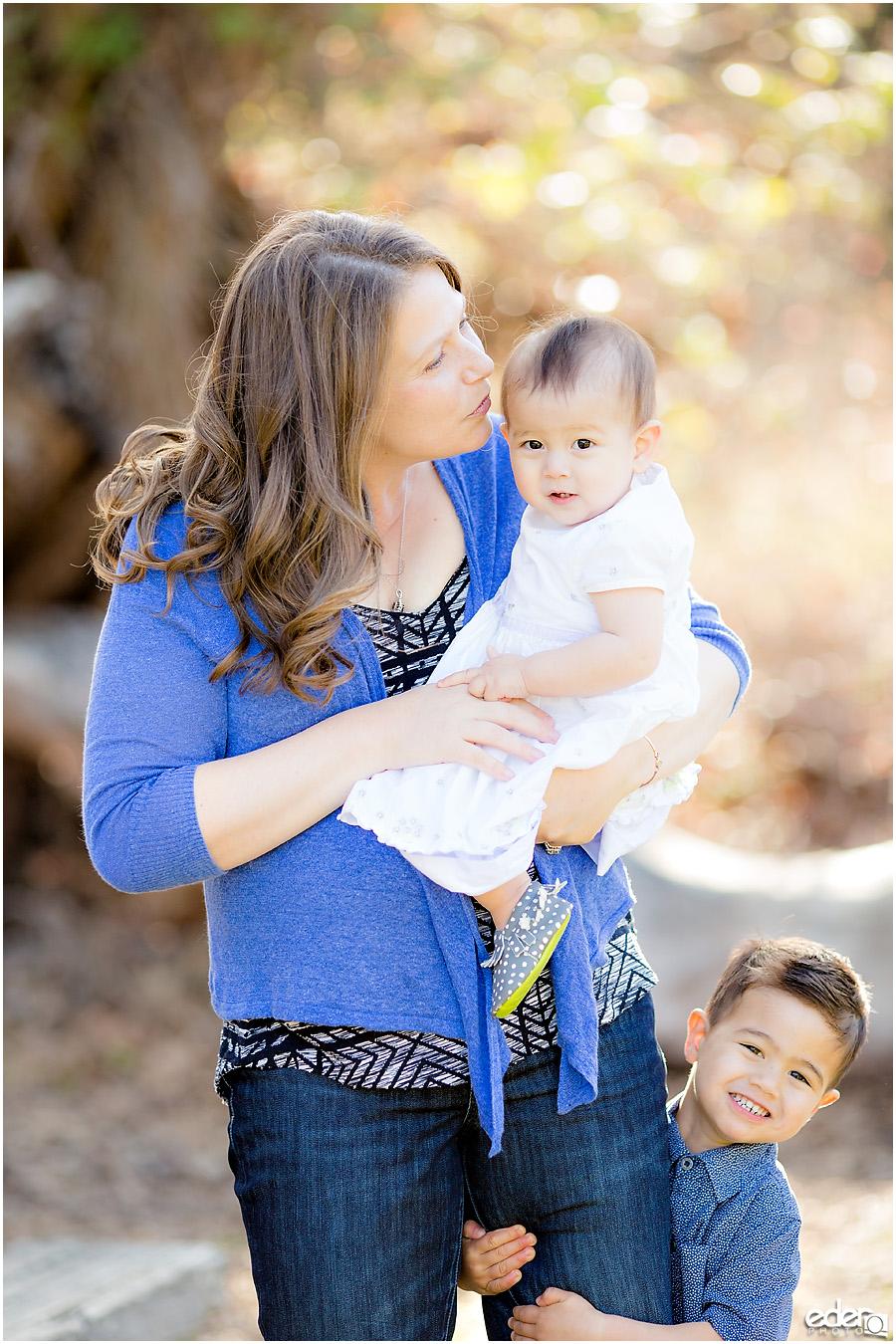 Spring Mini Portrait Session - mom and kids.