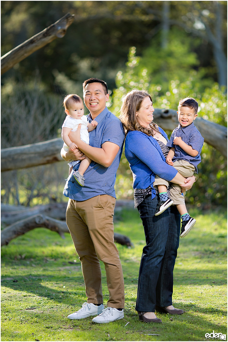 Spring Mini Portrait Session - family photo.