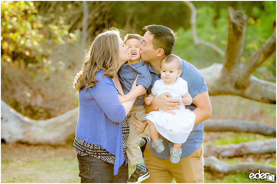 Spring Mini Portrait Session - cute family moment